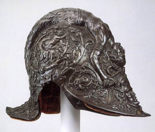 NEGROLI, FilippoParade Helmet1543Steel and gold, height 24 cmMetropolitan Museum of Art, New York