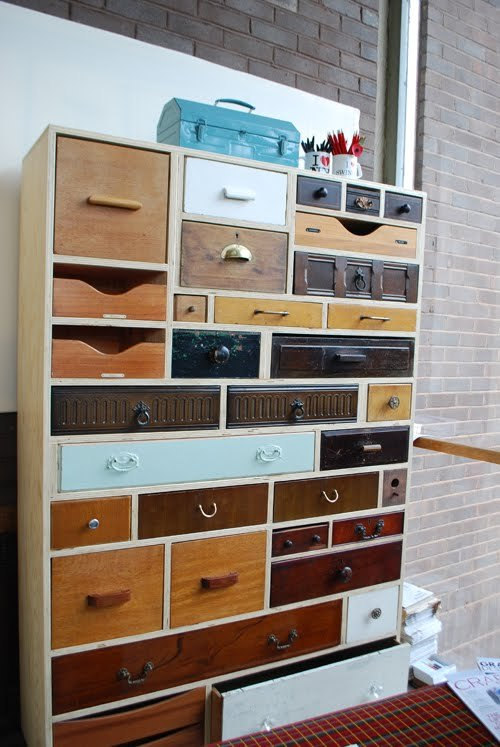 abelizea:  I love good ideas for reuse old things.  In this case, old drawers turn into a really cool cabinet! DIY style.  I love this style of cabinet. The combination of found drawers and sheer amount of storage space is perfect! The trick, is to have the space for the drawers as you collect them yes?