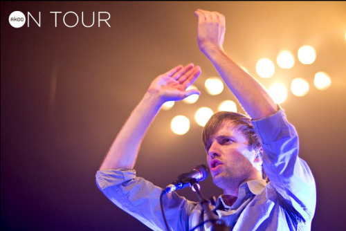 @Akoo saw @CutCopy in Chicago last Friday. Check out the photos on Facebook http://on.fb.me/guNfyZ