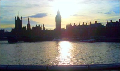 just posting a london pic for all you loves :)