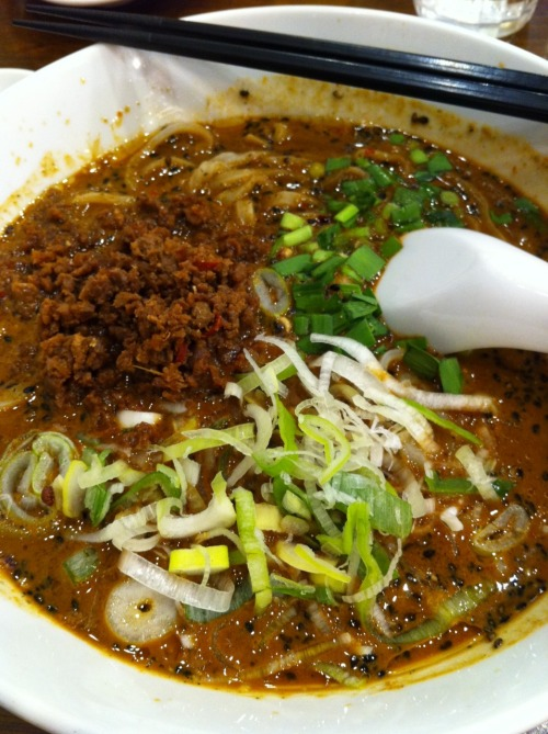 黒胡麻坦々面 from 蒼龍唐玉堂 in Kichijôji. Wow.