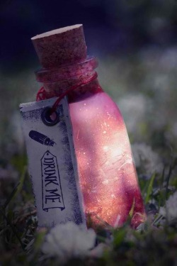 "miku-ness:  waahh"",this bottle looks like Secret Garden all over again!"