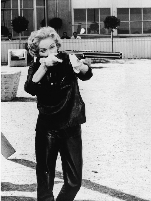 I'll see your *Marlene HBIC with a gun* - and raise you *Greer Garson HBIC with a gun*