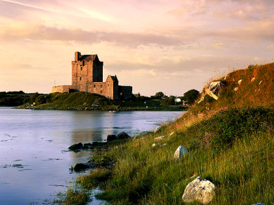 dunguaire castle, ireland (http://en.wikipedia.org/wiki/Dunguaire_Castle)