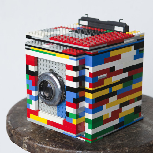 Legotron, Mark I — 4×5 Camera made of LEGO bricks
