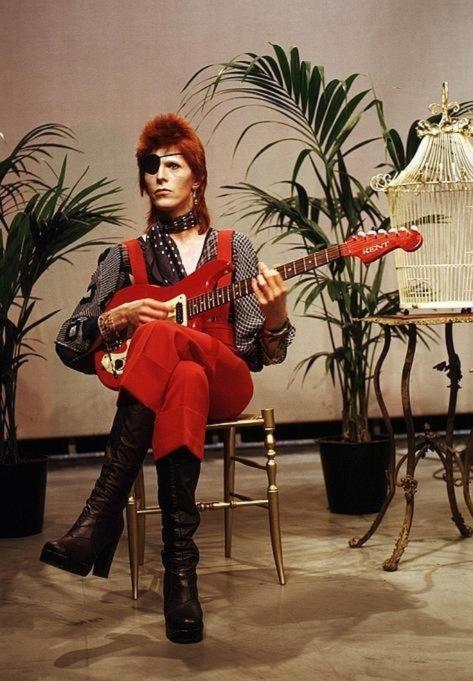 David Bowie, just chillin