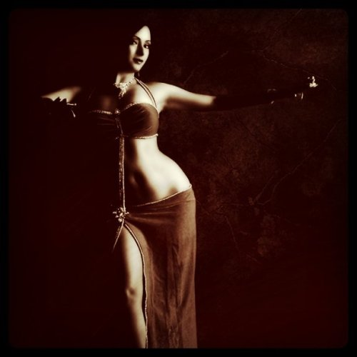 Malia (Taken with instagram) Bellydancer from Hawaii