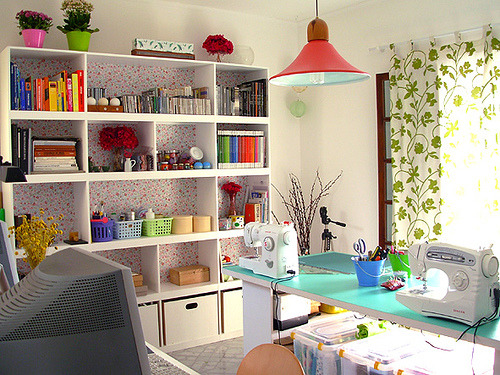 daintyloops:  Craft Rooms : Tofu Studio (by super_ziper)