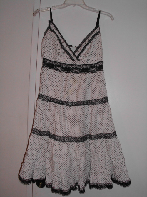 Black and white prairie dress. Size M. $20/trade.