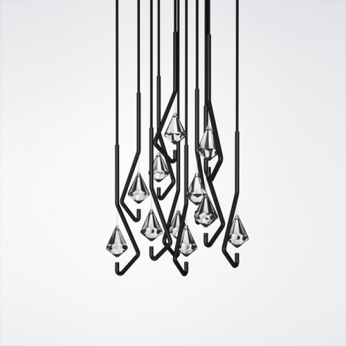 one crystal chandelier/Thomas Feichtner via: alabonfire