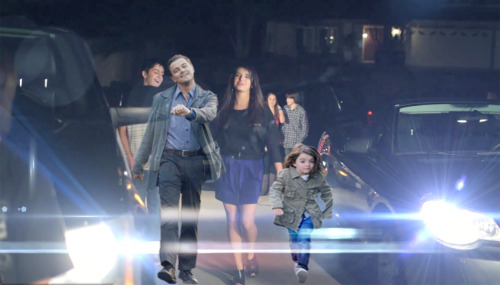 On a FRIDAY, Leo struts with Tina Fey's daughter.