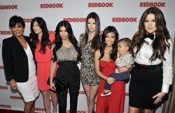 Lmao! So, the Kardashian baby sisters Kendall (left) and Kylie (right) have grown complete oppisites when it comes to looks. In my opinion, Kendell looks freaky and Kylie is just gorgeous. Who's hotter tumblees?