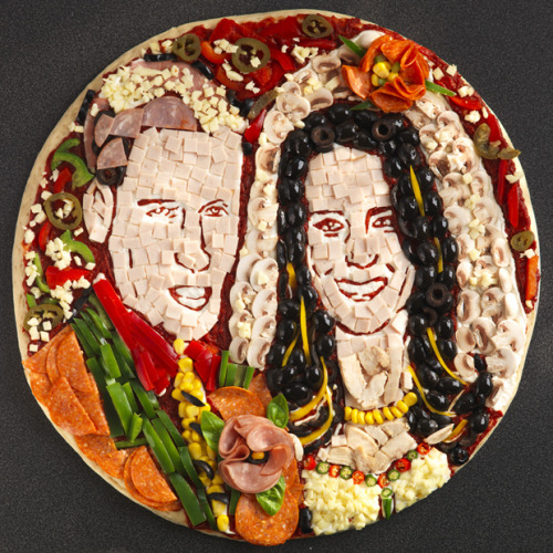 ofp:  (via Royal Wedding gets recreated in pizza portrait - Odd News | newslite.tv)