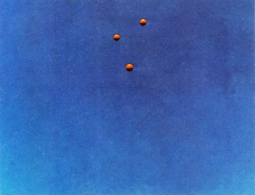 stumbleinewashere:  John Baldessari, Throwing Balls in the Air to get an Equilateral Triangle (Best of Thirty-Six Tries), 1972