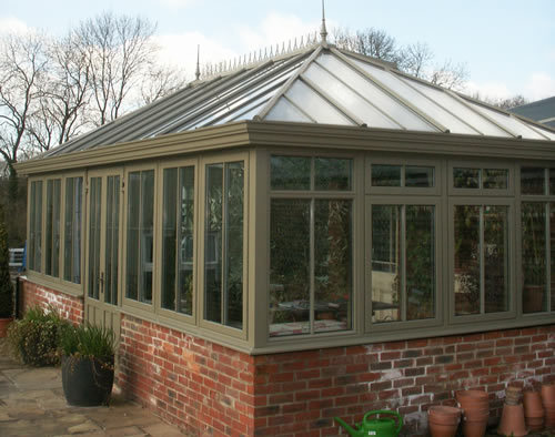Conservatory (via: www.private-garden.com)