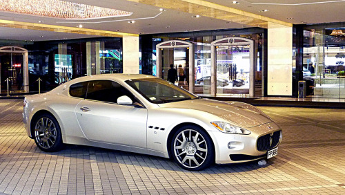Maserati GranTurismo in Hong Kong. Photo by Motoriginal