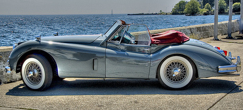 carpr0n:  Drop dead gorgeous Starring: Jaguar XK140 (by NapaneeGal)