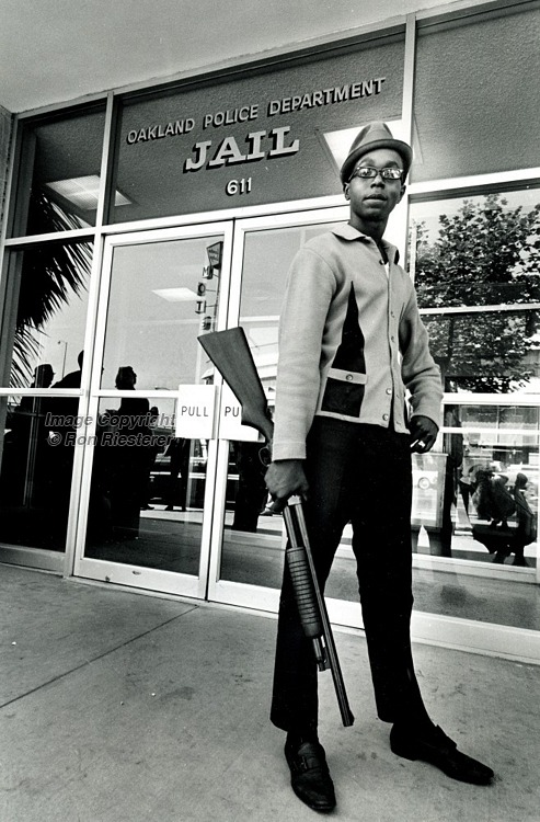 blackhistoryalbum:  Bobby Hutton, Black Panther