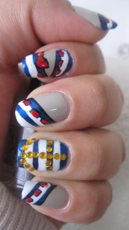 victoriac7:  Nautical nails! I watched this tutorial: http://www.youtube.com/watch?v=MwSDqrdg1mo