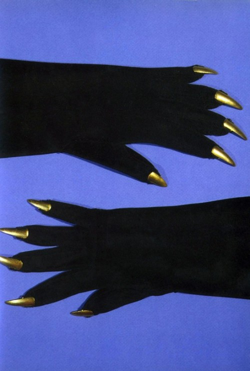 Schiaparelli gloves