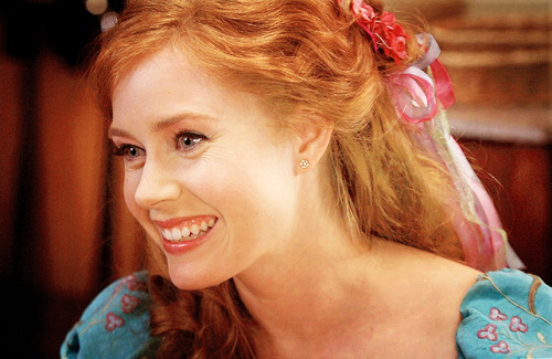 Amy Adams (Enchanted) [★ More celebrity photos here]