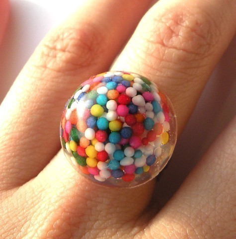 craftgasms:  Mini Rainbow Bits Ring by BabyLovesPink