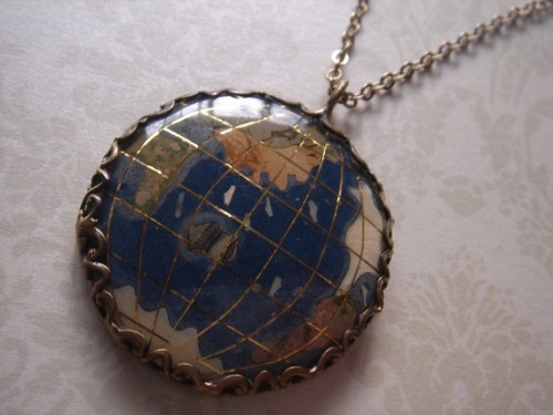 craftgasms:  Around the World Vintage Style Globe Stone Necklace by Beadix