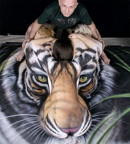 Craig Tracy + bodypainting + save china's tigers
