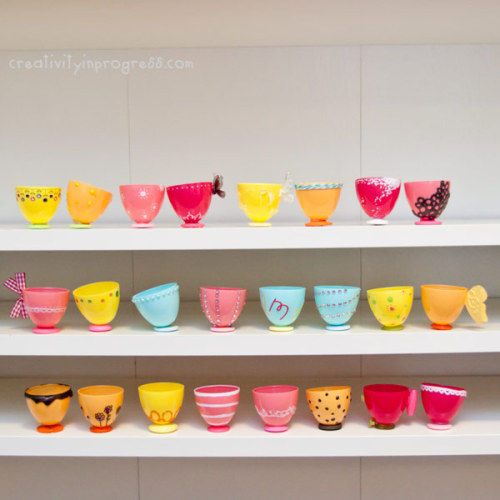 childcentralstation:  (via Design Dazzle: Make Your Own Plastic Egg Teacups)