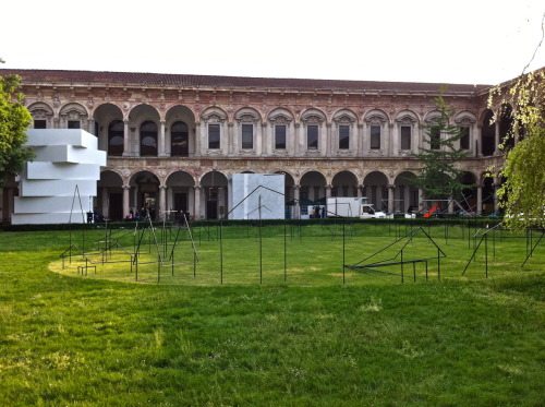 Fuorisalone: Aliens reach Milan city center!