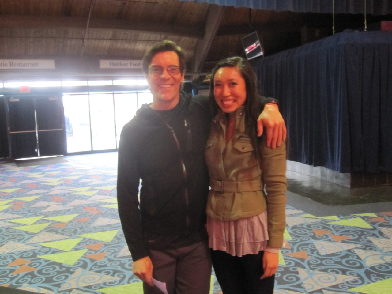 I met Tony Horton, celebrity trainer and fitness video extraordinaire, aka the P90X guy, at Fitness Atlantic yesterday in Connecticut. At first I didn't recognize him because his hair was a little bit longer. He's very vibrant and approachable and not as big as I thought he would be! He was doing a special workout before the Fitness Atlantic fitness competition (which I will be blogging on later). Def made my ticket to the show worth it!