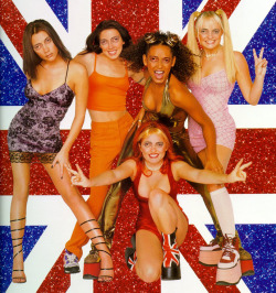 chickswithstevebuscemeyes:  The Spice Girls with Steve Buscemeyes. Thanks to so many for the suggestion.  Seriously, this is scary!