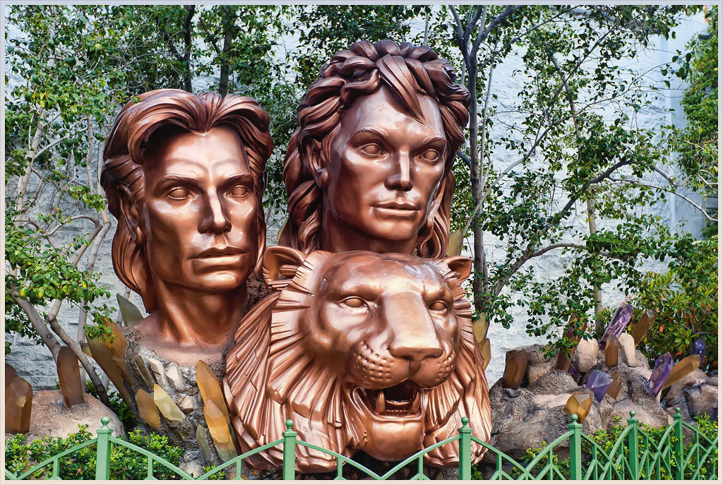 A bronze sculpture stands as tribute to Siegfried & Roy outside the Mirage Hotel & Casino. They performed in 5750 shows until October 3, 2003 when one of the tigers in the act severely injured Roy ending one of the premier acts in Las Vegas. Sad.