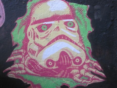 Star Wars graffiti is always a win in my book.