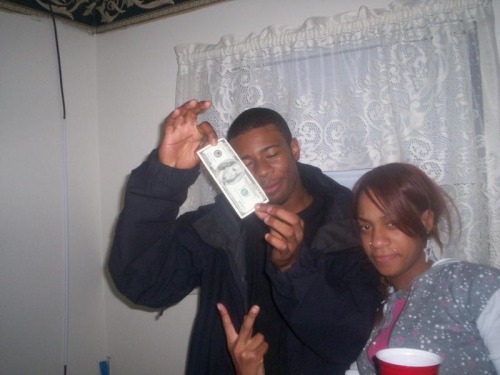"Forever One Of My Favorite Pics… All About The Benji$$$$$$ Bubby ""Niggas Know He Gave Me All Of His Cake, I Peeled The Benjis Off And Threw The Singles Back In His Face"""