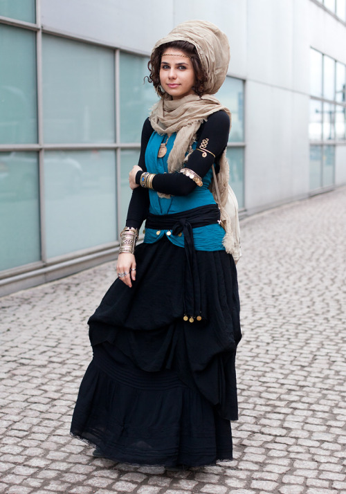 "Sara, 23""I always wear a scarf, long sleeves and a long skirt because of my religion.History, fairytales and my other home country Iran inspire my style. I like to mix eastern and western influences.""(via Hel Looks)"