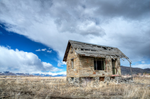 House on the Praire by tomkellyphoto | 2011