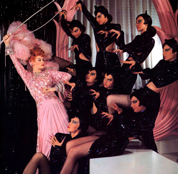 talkingsmall:  Alphabet Challenge | Ziegfeld Follies  I think this is one of the most iconic images of the musical era.