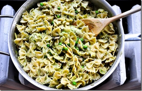 Farfalle pasta with Artichoke Hearts, Mushrooms and Peas  Recipe