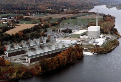 Vermont Yankee nuclear plant owners file suit to stay operating - Owners of the Vermont Yankee nuclear power plant filed a federal lawsuit this morning to prevent Vermont lawmakers from shutting the plant down when its 40-year license expires next year.