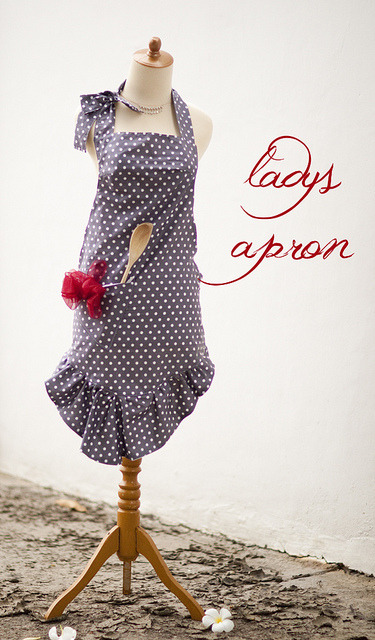 Cute free apron pattern