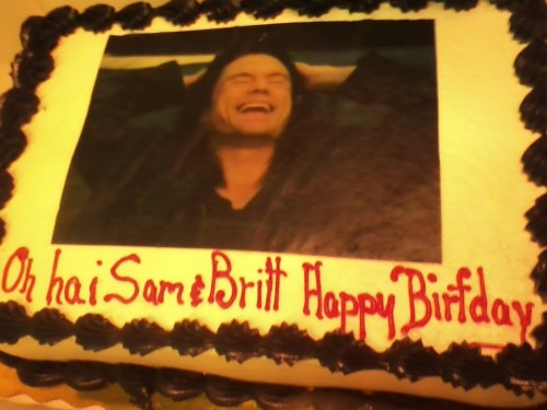 redsailorscoot:  Check out the cake my friend Brittaney made for our birthdays! Ain't she just kick ass for ordering it?  YOU GUYS I NEED THIS FOR MY BIRTHDAY you guys