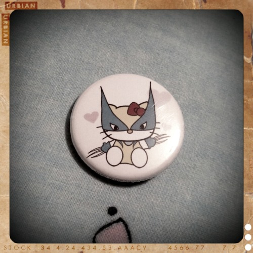Wolverkitty pin I took from Adam. *o*