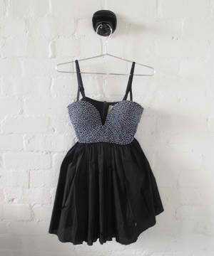 deathcabforcindie:  Kiss of Death dress by One Teaspoon.  I need someone to throw an elaborate party/ball/event/tea-party so I can fathom a reason to buy this pretty baby.
