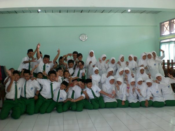 Junior High School - 7B