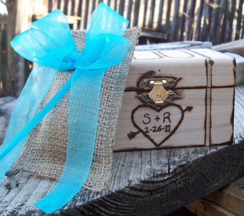 "Don't forget to enter the Go Rustic giveaway to win a personalized ring box! **Also, 10% off all purchases when you ""like"" Go Rustic on Facebook! reblogs greatly appreciated, especially for you wedding lovahs!"