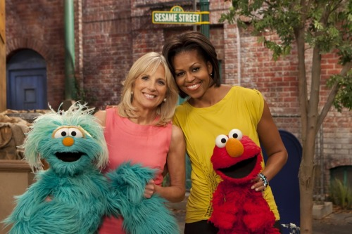 "sesamestreet:  First Lady Michelle Obama and Dr. Jill Biden visited Sesame Street, as part of the White House ""Joining Forces Initiative"" and Sesame's military families project!  Tall First Lady goes on a TV children's classic :)"