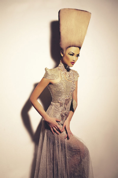 (via Serenade Nefertiti by Advan Matthew)