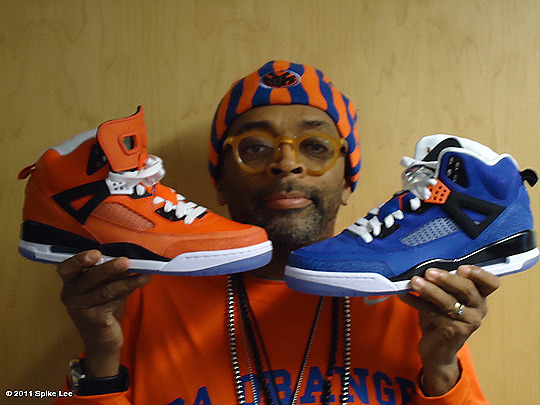 "everythingyoulovetohate:  Mike gave Spike! M.J. blessed Spike Lee with his own ""Player edition"" Spizikes.  Knicks colorway inspired Spizikes. Oh what if Mike played in New York City…"