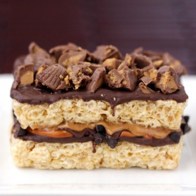Chocolate peanut butter pretzel stuffed rice krispy treats